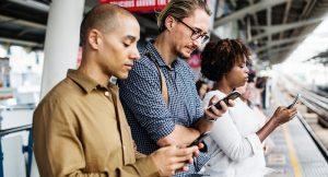 how social media makes us unsocial