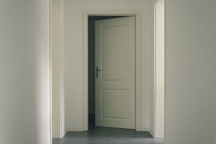 how to choose interior doors