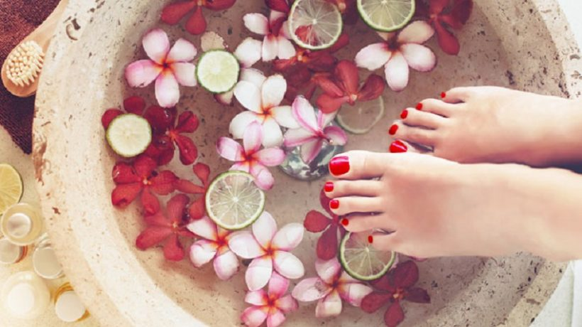 How to make a homemade foot spa?